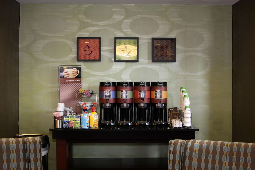 Coffee Service, Hampton Inn & Suites Paducah