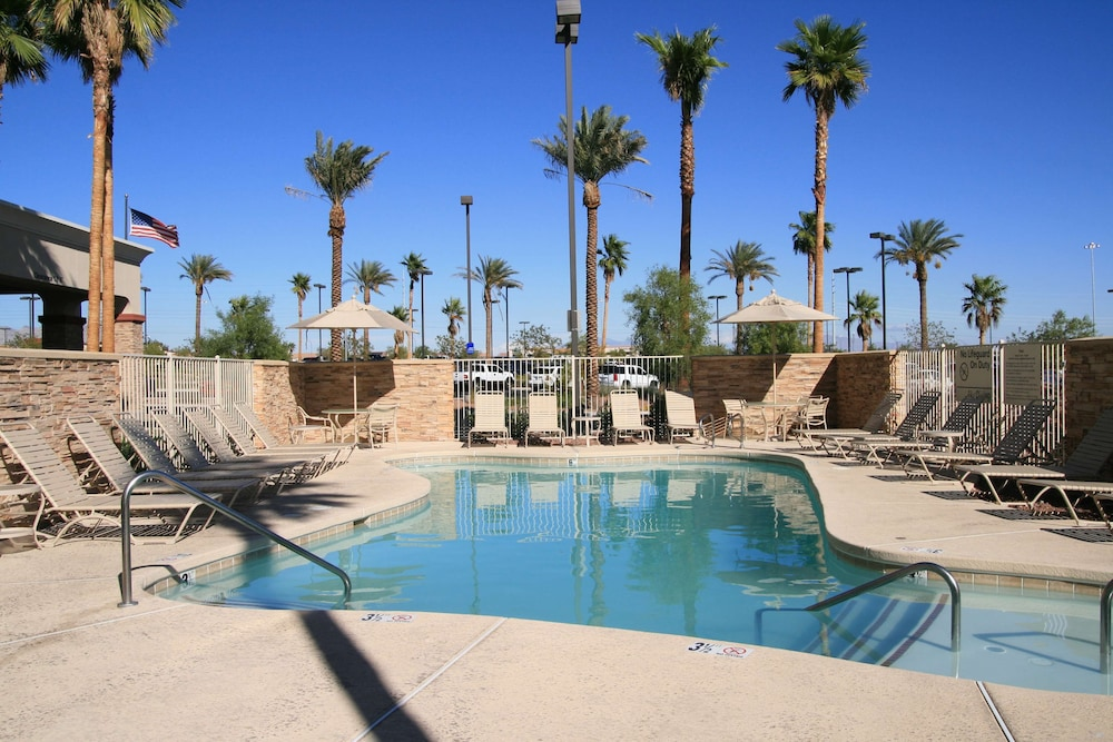 Pool, Hampton Inn & Suites Las Vegas-Red Rock/Summerlin