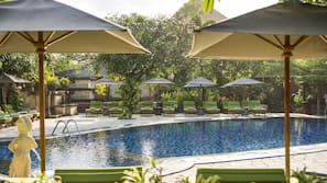 Outdoor pool, open 8:00 AM to 6:00 PM, pool umbrellas, pool loungers