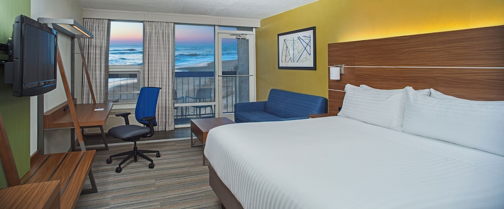 Room, Holiday Inn Express Nags Head Oceanfront