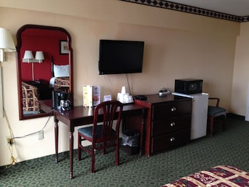 Standard Double Room, 2 Double Beds - Mini-Refrigerator