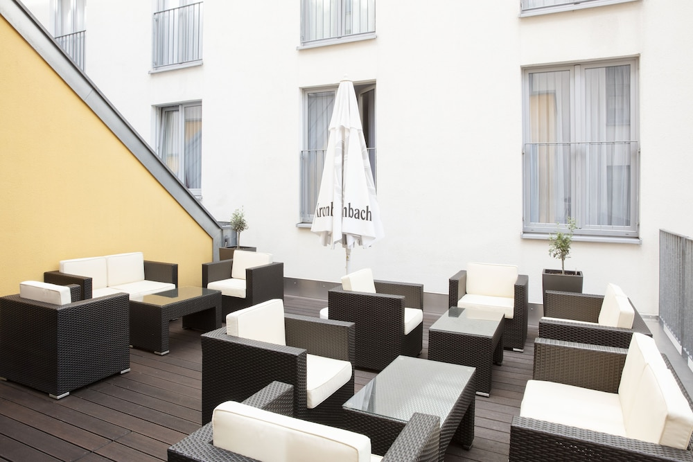 Terrace/Patio, Holiday Inn Express Baden-Baden