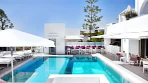 Outdoor pool, open 7:30 AM to 7:30 PM, pool umbrellas, pool loungers