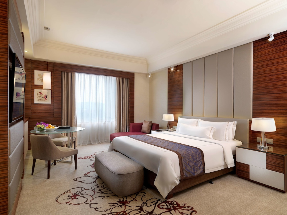 Room, One World Hotel