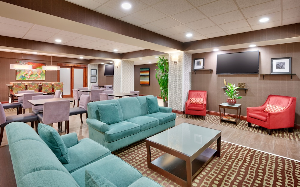 Lobby Sitting Area, Hampton Inn Lehi-Thanksgiving Point