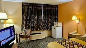 1 bedroom, blackout drapes, WiFi, bed sheets