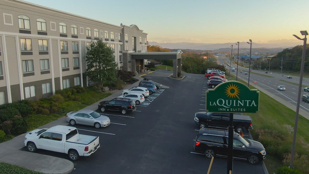 Featured Image, La Quinta Inn & Suites by Wyndham Sevierville / Kodak