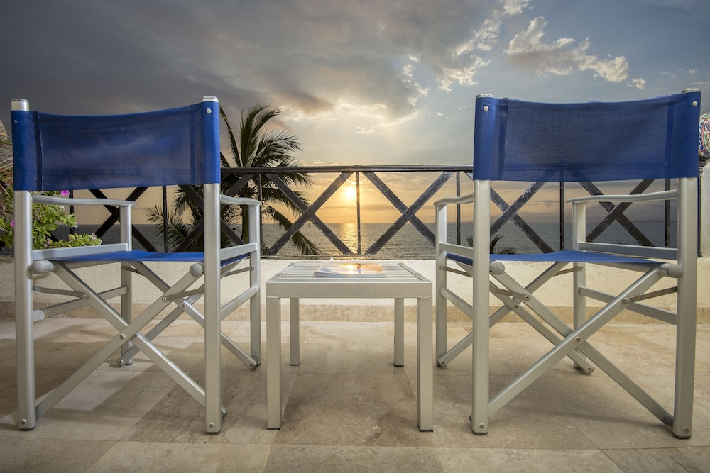 Blue Chair Puerto Vallarta blue chairs resortthe sea in puerto vallarta | hotel rates