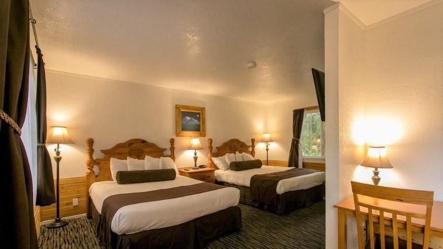 夏斯塔山旅馆