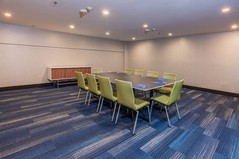 Meeting Facility, Holiday Inn Express Hotel & Suites Swansea