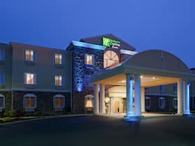 Holiday Inn Express Hotel & Suites Swansea, an IHG Hotel