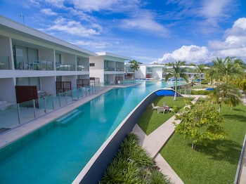 Pool Port Douglas