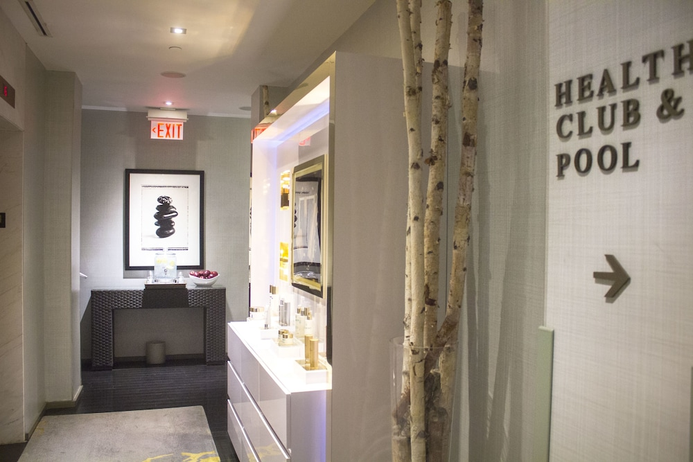 Spa Reception, The Hazelton Hotel Toronto