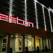 Aston Business Hotel