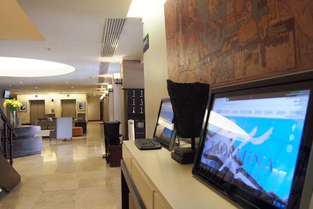 Hotel Taormina San Jose