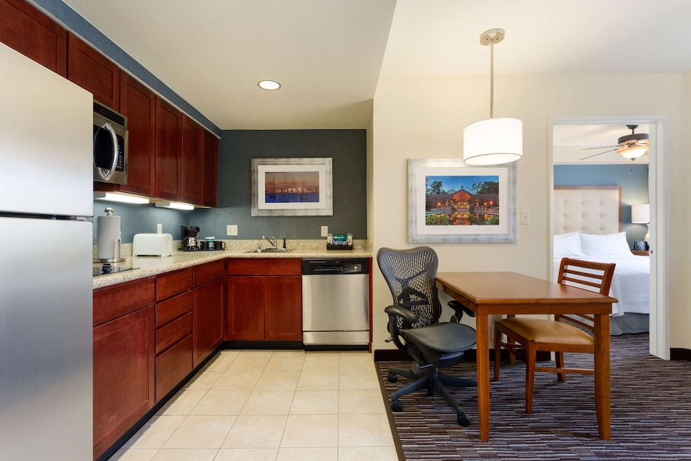 Private Kitchen, Homewood Suites by Hilton San Diego Airport/Liberty Station