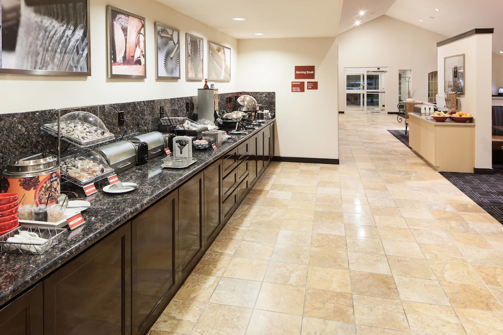 Breakfast buffet, TownePlace Suites by Marriott San Antonio Airport