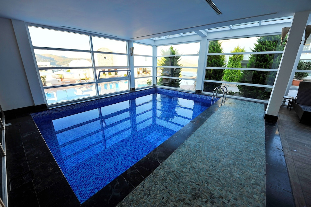 Indoor Pool, Doria Hotel Bodrum