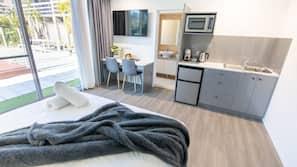 Pillow-top beds, desk, laptop workspace, blackout curtains