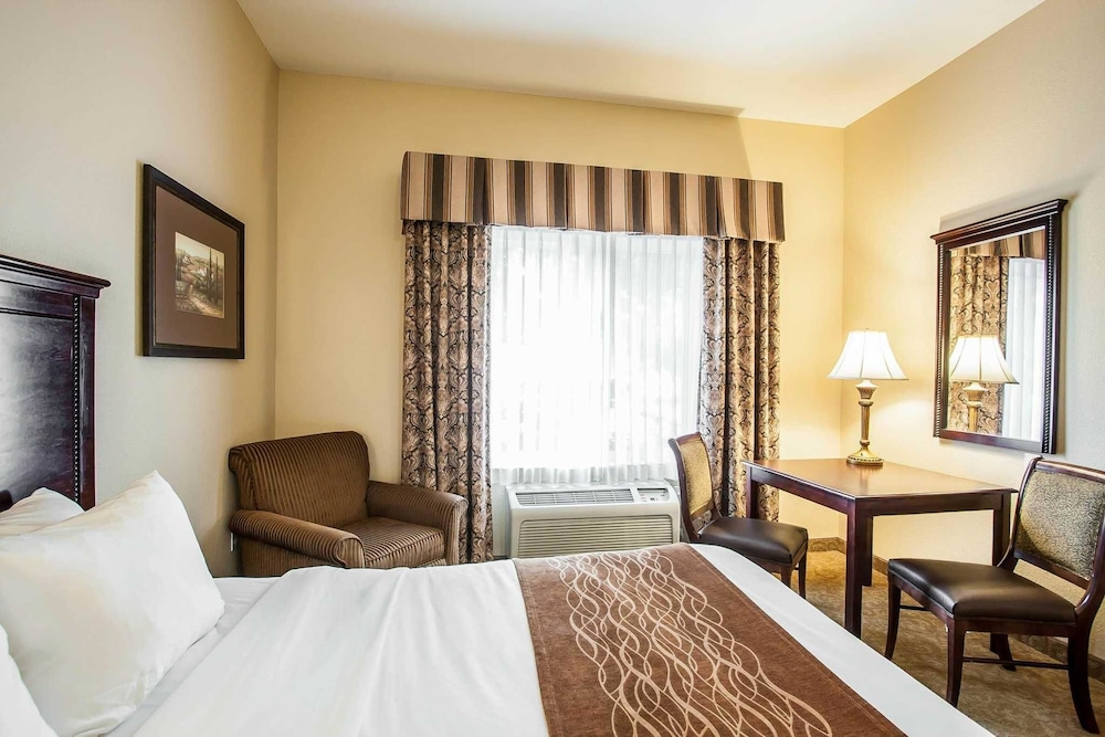 comforter delightful x inn comfort nice and oregon mcminnville outletsbug ideas suites com