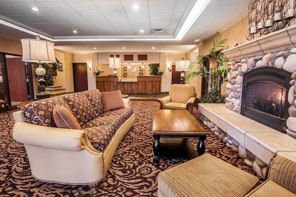 mcminnville of comforter hotels se suites comfort reservations stratus interior or z hotel ave inn