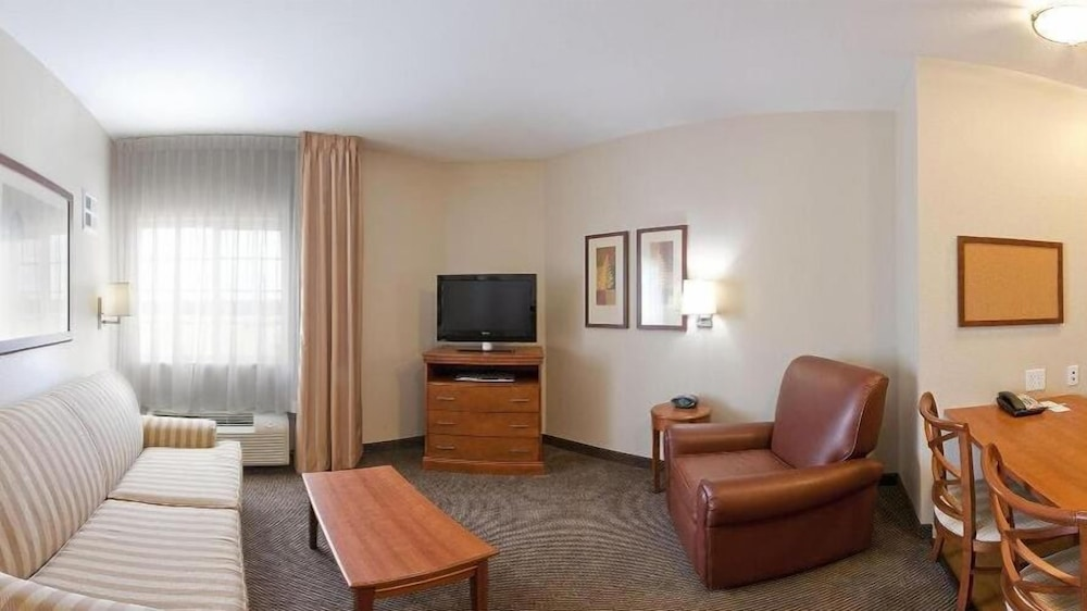 Room Amenity, Candlewood Suites DFW South, an IHG Hotel