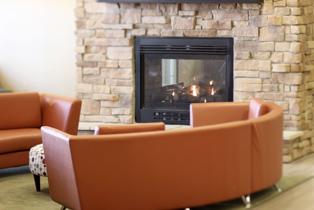 Fireplace, Hawthorn Suites by Wyndham Madison Fitchburg