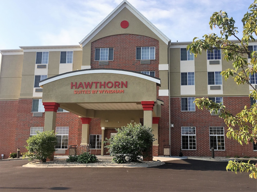 Featured Image, Hawthorn Suites by Wyndham Madison Fitchburg