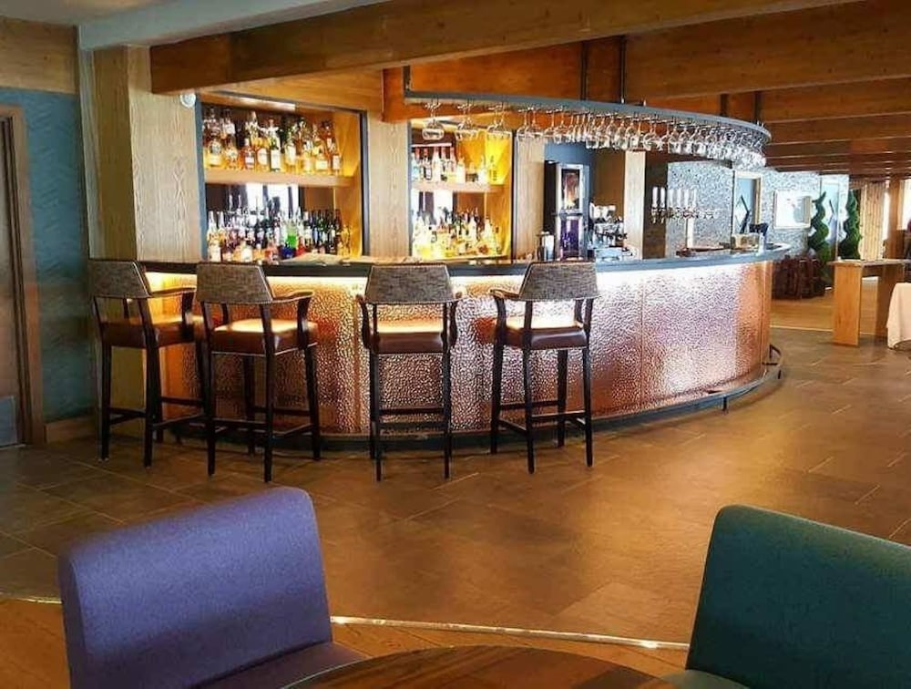 Bar, Lodge on Loch Lomond Hotel