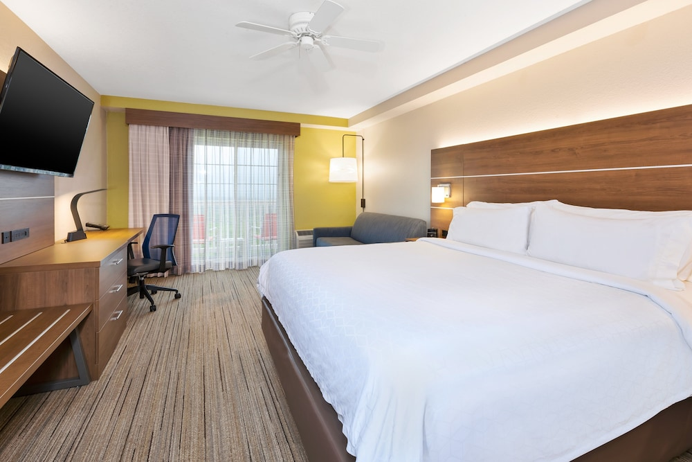Room, Holiday Inn Express & Suites Petoskey