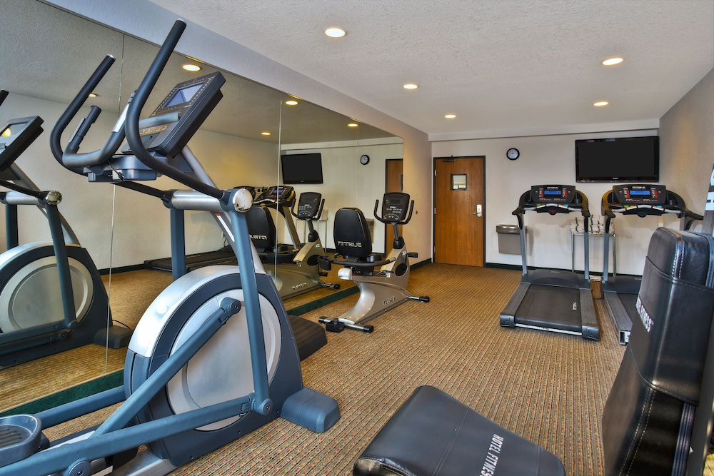 Fitness Facility, Holiday Inn Express & Suites Petoskey
