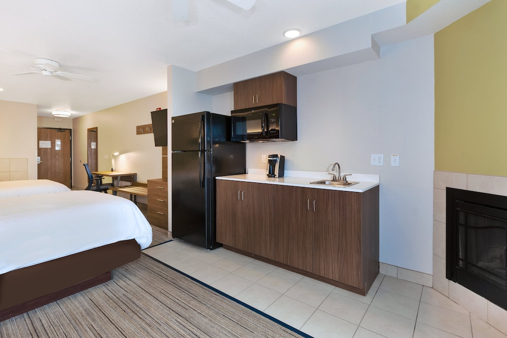 Room Amenity, Holiday Inn Express & Suites Petoskey