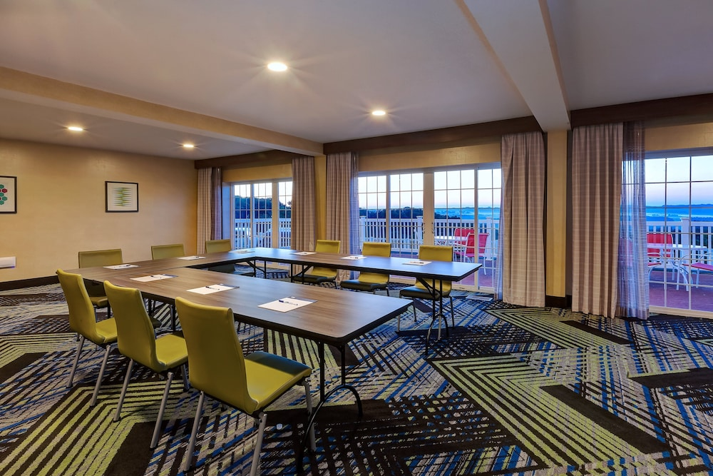 Meeting Facility, Holiday Inn Express & Suites Petoskey