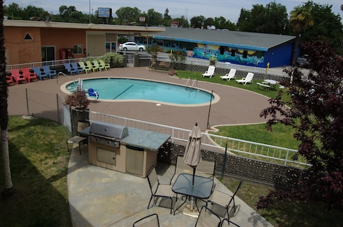 Check Expedia for Availability of Americas Best Value Inn-Red Bluff