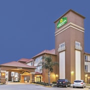 La Quinta Inn & Suites Houston Hobby Airport