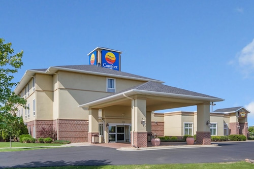 Great Place to stay Comfort Inn Plover near Plover