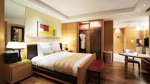 Daunenbettdecken, Pillowtop-Betten, Minibar, Zimmersafe