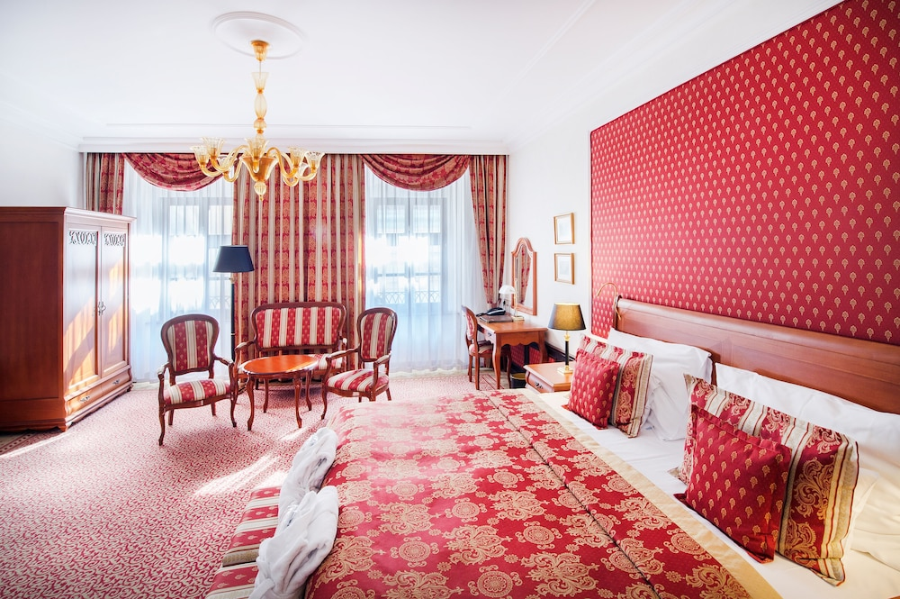 ARCADIA Hotel: 2018 Room Prices from $82, Deals & Reviews   Expedia