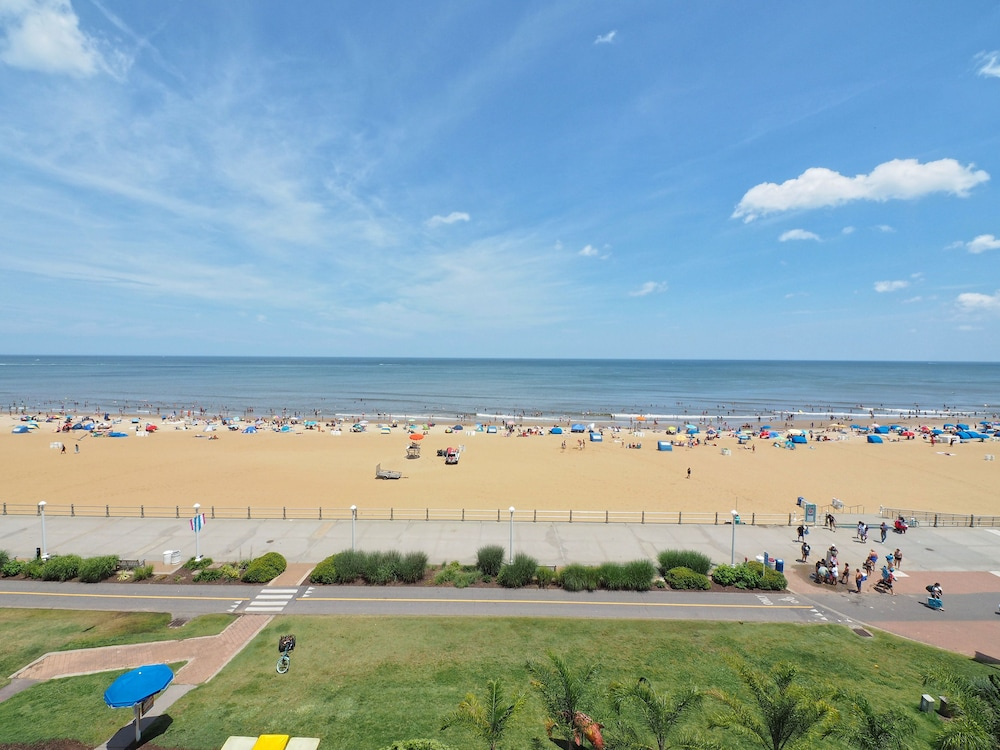Va beach hotel deals