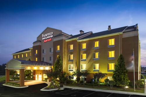 Great Place to stay Fairfield Inn and Suites by Marriott Atlanta McDonough near McDonough