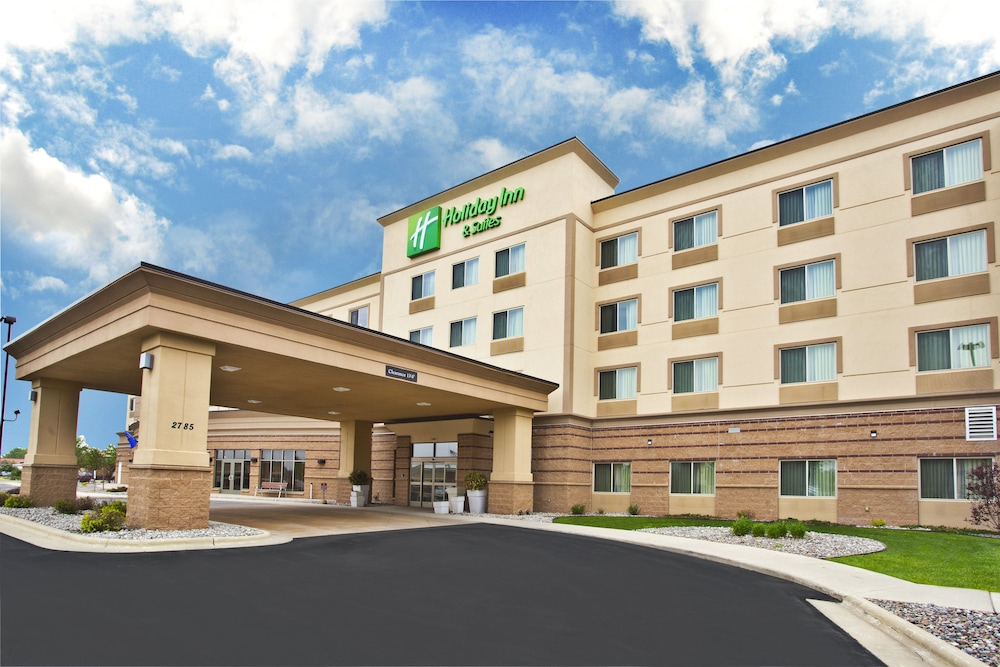 Featured Image, Holiday Inn & Suites Green Bay Stadium, an IHG Hotel