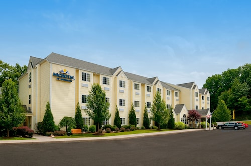 Microtel Inn & Suites by Wyndham Beckley East
