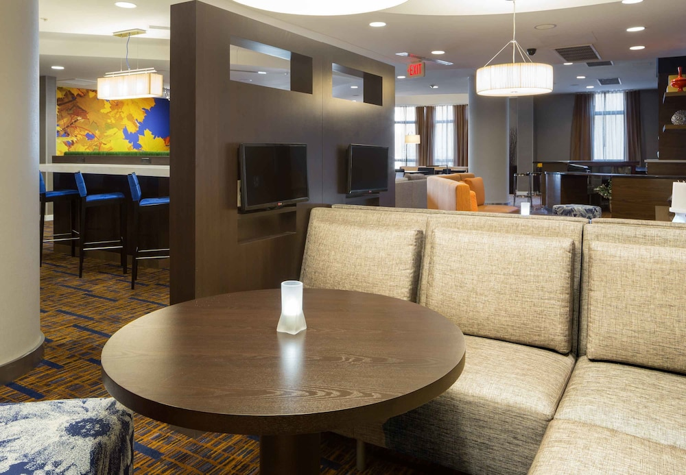 Lobby, Courtyard by Marriott Houston by the Galleria