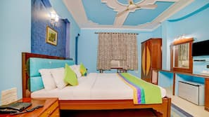 意大利 Frette 床单、高档床上用品、客房内保险箱、办公桌