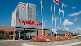 Canad Inns Destination Center Grand Forks - Grand Forks Hotels