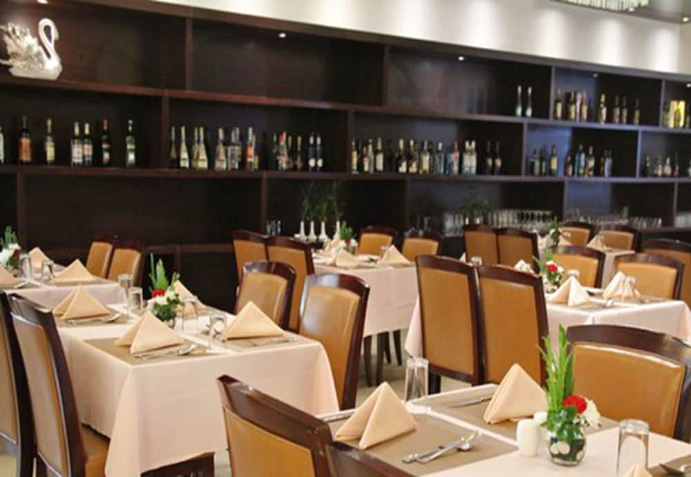 Restaurant, Don Chan Palace, Hotel & Convention