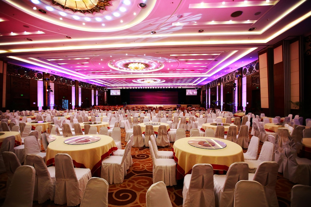 Banquet Hall, Don Chan Palace, Hotel & Convention