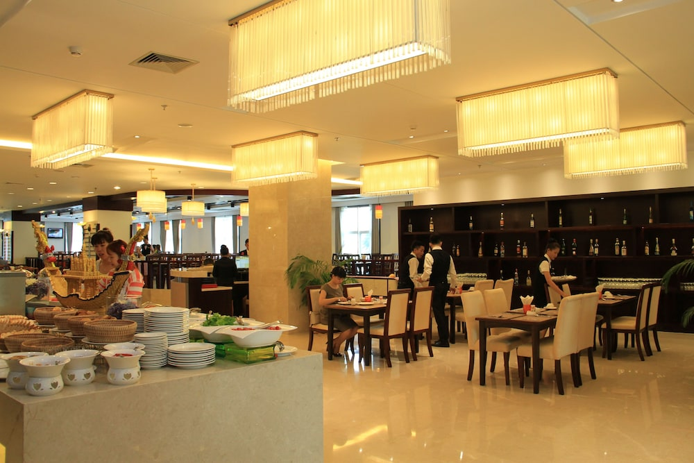 Coffee Shop, Don Chan Palace, Hotel & Convention