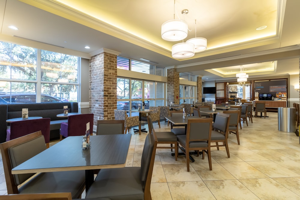 Breakfast Meal, Holiday Inn Express Historic District
