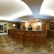Great Lakes Crossing Outlets Holiday Inn Express Hotel Suites Auburn Hills